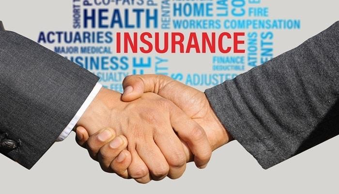 従業員を雇ったら、社会保険の手続き