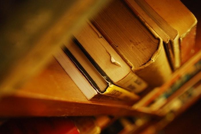 FP資格学習では、最新の法改正に対応しているテキストを選ぶ